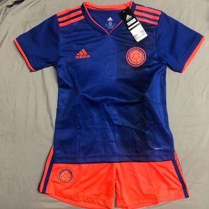 Blue Colombia uniform